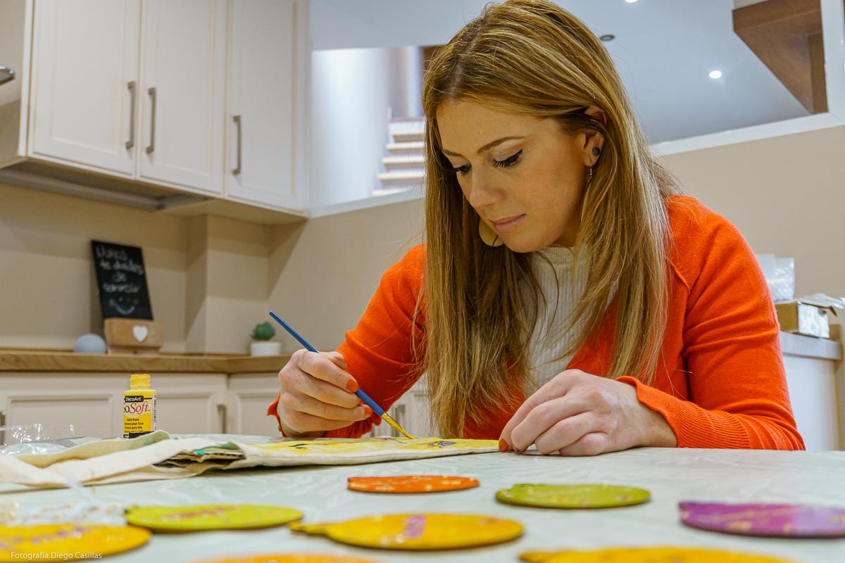 Ana realizando una de sus creaciones. Foto: Diego Casillas.
